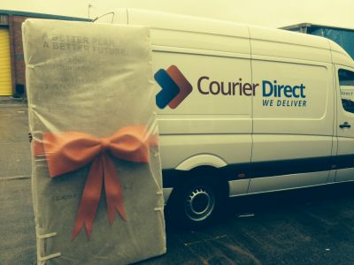 Ed's Stone replica prize delivered by Courier Direct